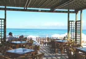 Ostrov Korfu a hotel Acharavi Beach s terasou