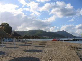 Pláž Messonghi Beach, ostrov Korfu