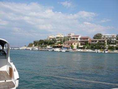 Řecký ostrov Korfu a přístav Kassiopi