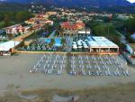 Pohled na hotel Acharavi Beach u pláže, Acharavi